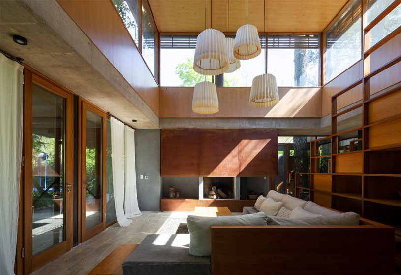 House among trees | Berson Arquitectura