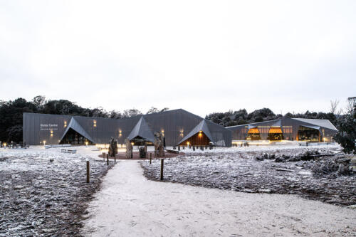 18. Cradle Mountain early morning in the snow
